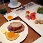 パレスホテル 東京で朝食(グランド キッチン)で皇居パワーをいただく