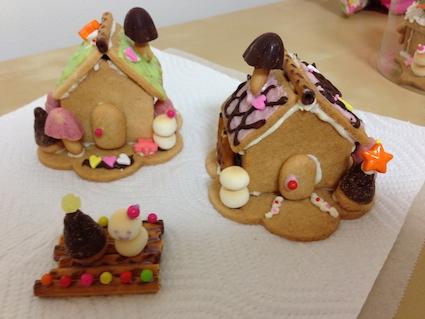 クリスマス クッキーハウス完成