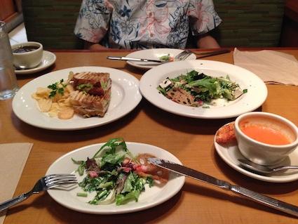 マーケットプレイス・カフェの料理